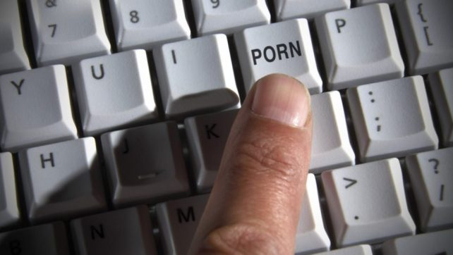 List of working Porn Forums for Takefile.link & HotLink.cc